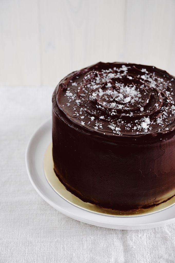 Salted Caramel Chocolate Fudge Cake