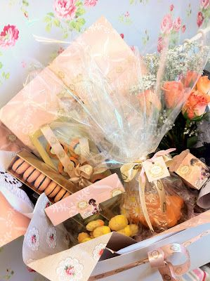 Dreams of Sucre: Tea & Madelines ~ Eid Menu from Madame Sucre ~ Middle Eastern Gifts, Eid Gifts, Arab, Arabic, Celebration, Gulf, GCC, Saudi, Saudi Arabia, Kuwait, Q8, Qatar, Dubai, Abu Dhabi, United Arab Emirates, Emirates, UAE, Oman
