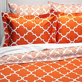 Orange...Tangerine Tango, Beds Covers, Duvet Covers, Bedrooms Colours, Orange Beds, Master Bedrooms, Accent Colors, Bedrooms Ideas, Bright Colors