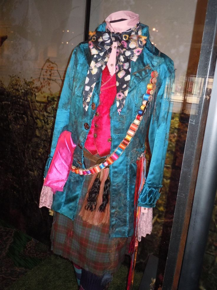 pictures of theater and movie costumes from 1970s | Johnny Depp's Mad Hatter costume from Alice in Wonderland...
