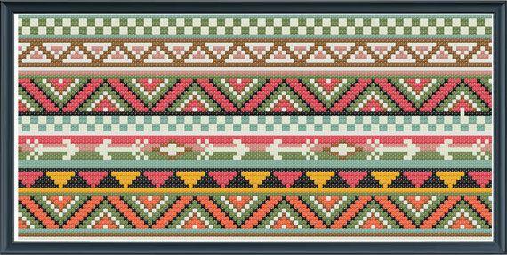 Croix au point de frontières modèle aztec inspiré par Happinesst