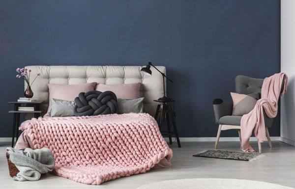 Braided blanket of worsted wool