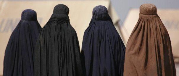 Entre une femme non voilée et une femme voilée, c'est la différence entre la vie et la mort | Salem Ben Ammar