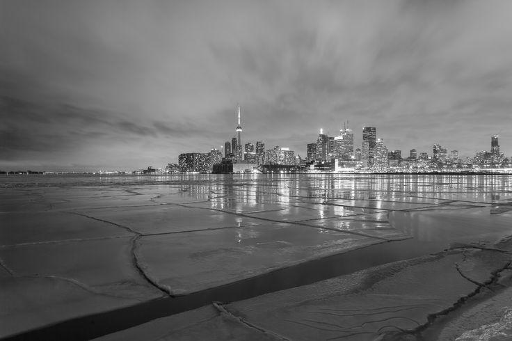 Night white Toronto
