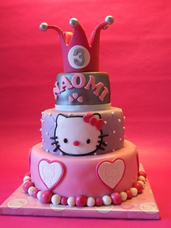 Hello Kitty Handmade Kawaii and cutie cake