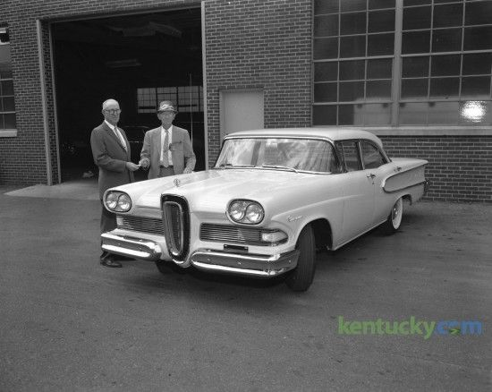 193 best images about old auto dealers on pinterest for Royal motors lexington ky