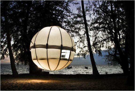 Where do I even begin with this thing? What do I need to even say? YOU SEE THE PICTURE! LOOK AT IT! This puts the SEXINESS back into camping. Could you imagine your man telling you he wants to go camping, then taking you to THIS? The Cocoon Tree Tent may take a little while to set up, but if you want one of the most comfortable, unique outdoor sleeping experiences of your entire life, then you need to get into a Cocoon Tree Tent. It holds up to 500lbs and comes with its own circular, high…