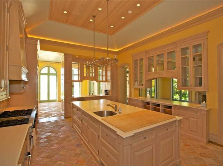 17 Indian Creek Dr, Indian Creek Village, FL 33154 is For Sale - Zillow | 16,393 sf | 5 bed 6.5 bath | built 2002 | 1.84 acres | 35,000,000 USD