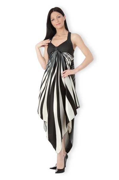 Abbigliamento da Donna   http://www.abbigliamentodadonna.it/abito-donna-fashion-p-643.html   Cod.Art.000766 - Abito da donna fashion elasticizzato e plissettato senza maniche. Dotato di spalline semi larghe e coppe rinforzate per ottenere una forma perfetta del seno.