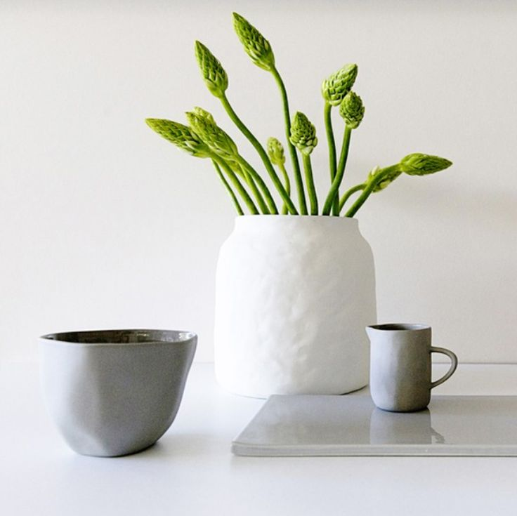 Our Ceramic Flax Vase is a must have for every home and makes a stylish gift too. Krissy xx✖