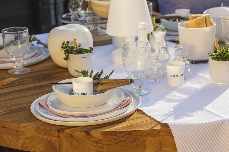Walter van gastel pomax 39 porcelino 39 servies picknick for Pomax decoration