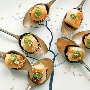 17 best images about chinese cuisine on pinterest for Edible canape spoons