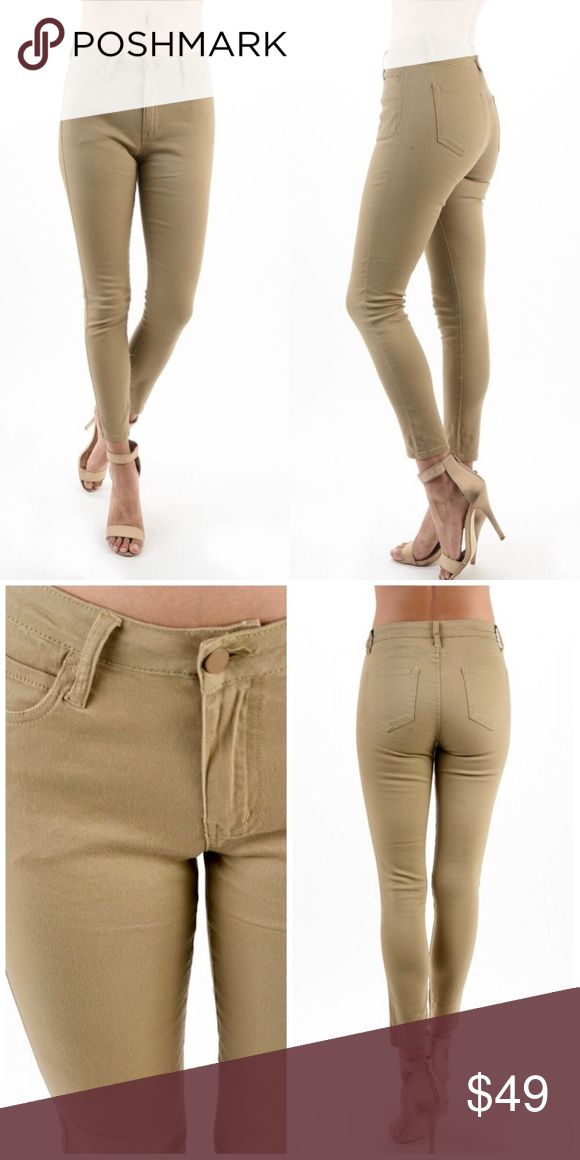 """🆕JUST IN🆕 """"Cammy"""" Khaki Skinny Jeans 🆕JUST IN🆕 """"Cammy"""" Khaki Skinny Jeans Color ~ Khaki Fabric ~ 98% Cotton / 2% Spandex Available sizes ~ 5/26, 7/27, 9/28, and 11/29! Yummy Khaki Skinny Jeans feel like wearing nothing at all yet accentuate ALL your best features!! Curve hugging Jeans you'll NEVER want to take off!! Perfect to complement all of Fall's HOTTEST trends!! Made in China. Threadzwear Jeans Skinny"""