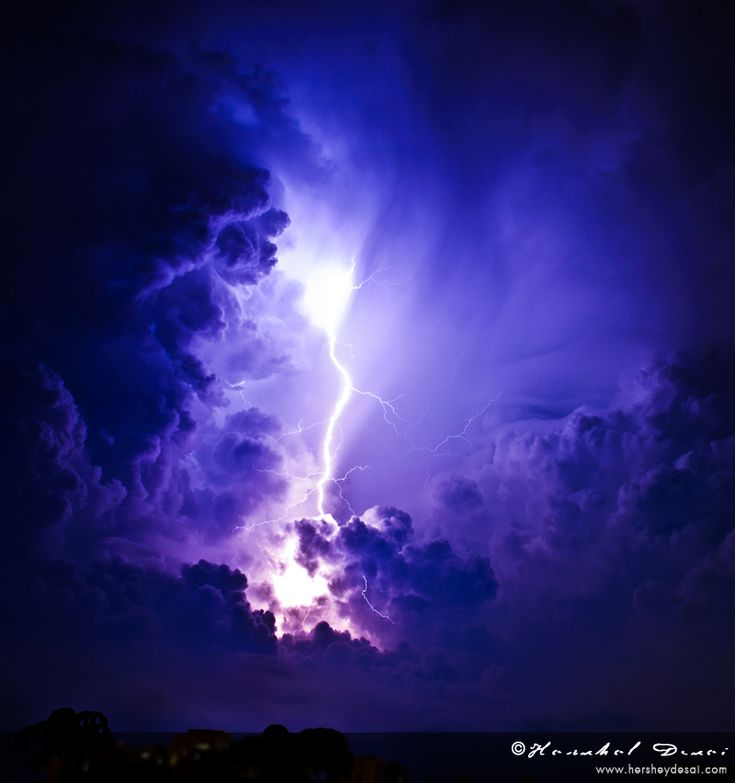 Amazing Pictures: 17 Most Amazing Thunder Lighting Pictures
