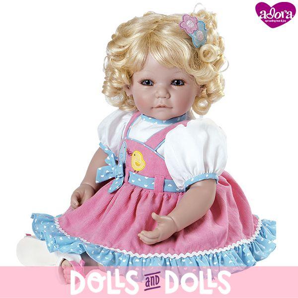 ¡NO TE QUEDES SIN ELLA!  Chick-Chat de la marca #Adora ha sido descatalogada y ya no se fabrica.  Si te gustaría comprarla, en nuestra web la encontrarás con otras #muñecas de la marca.  ¡Date prisa porque nos quedan muy pocas unidades!  #Dolls #AdoraDolls #Muñeca #Bonecas #Poupées #Bambole #MuñecasAdora