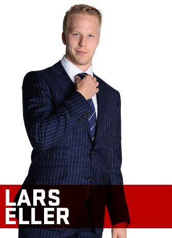 Lars Eller pose pour l'Annuel 2013-2014 du Magazine CANADIENS. / Lars Eller poses for the 2013-14 CANADIENS Yearbook. #Habs