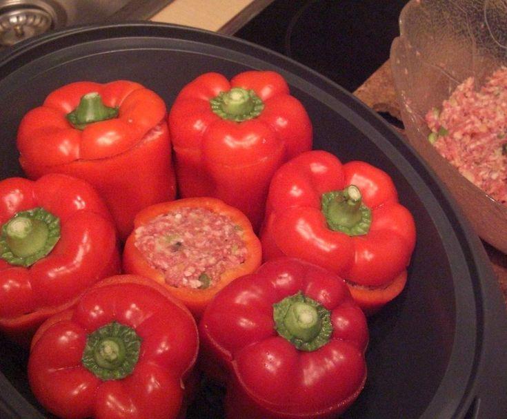 Rezept Gefüllte Paprika, mit Tomatensauce von ClaudiaPa. - Rezept der Kategorie Hauptgerichte mit Fleisch