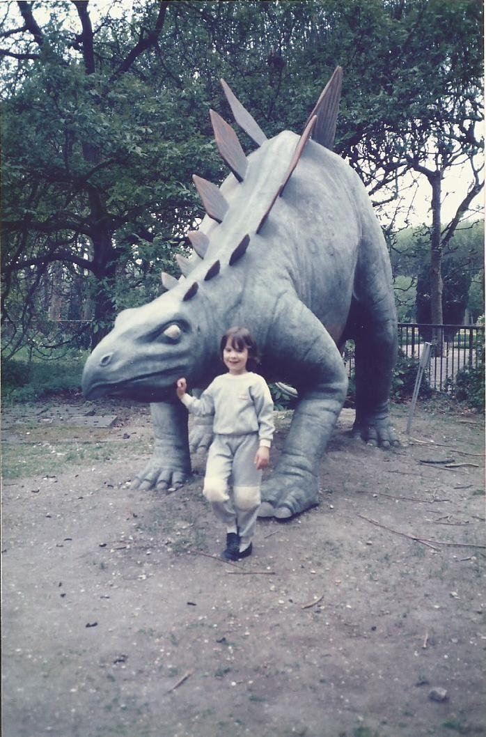 17 best images about dinosaures on pinterest dinosaur illustration jurassic world and toys - Jardin des plantes paris dinosaures ...