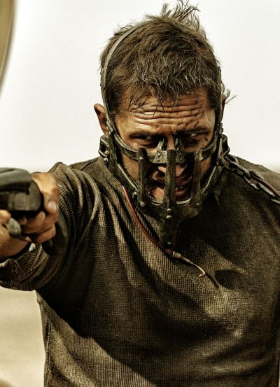 How can a man with a mask covering his face still be so attractive! Tom Hardy - Mad Max