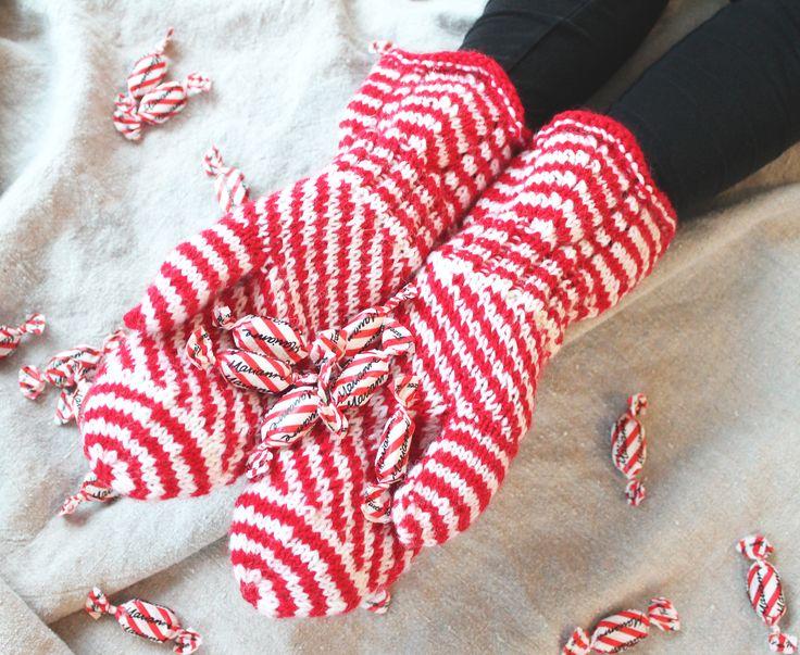 'Marianne mittens' made with Novita 7 Brothers yarn #novitaknits #knitting #knit https://www.novitaknits.com/en