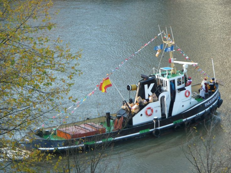 17 best images about tugboats work boats on pinterest for Fishing boat jobs