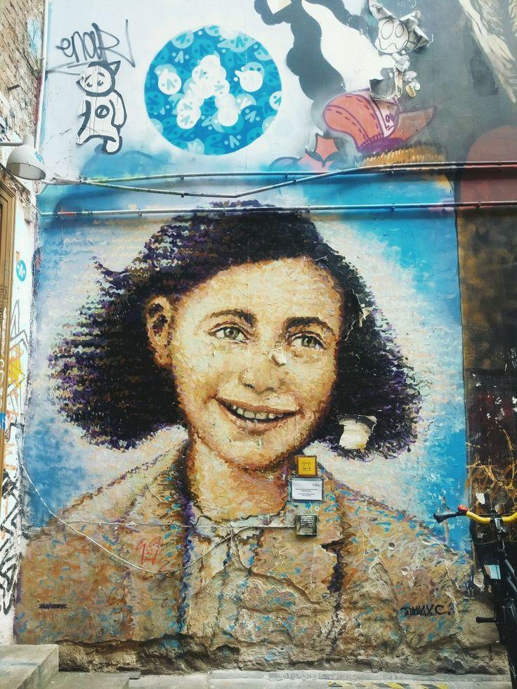 Anne Frank streetart, Berlin