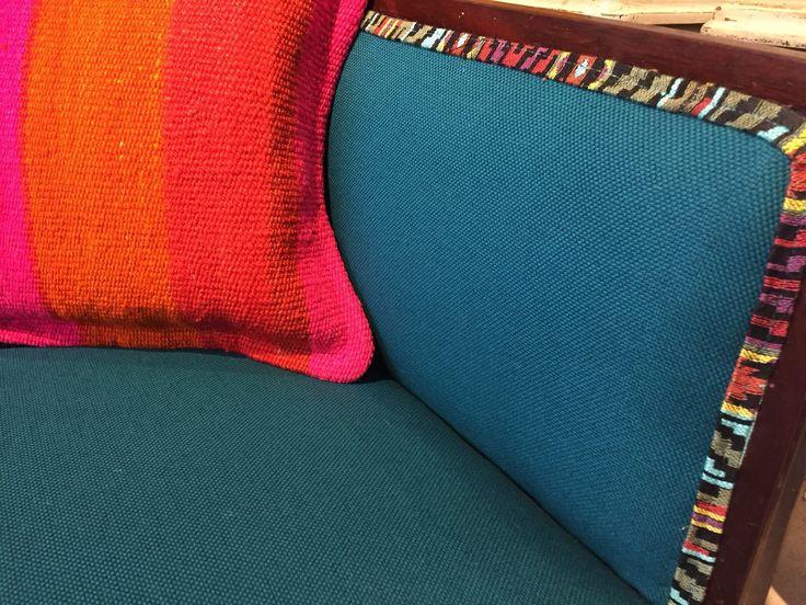 M s de 25 ideas incre bles sobre sillas de tapicer a en for Muebles vintage uruguay
