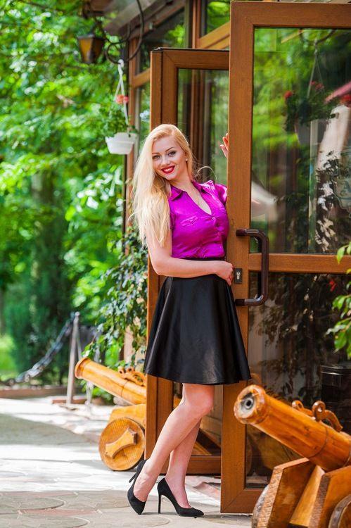 Hermosas novias ucranianas y