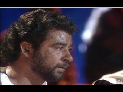 """Juan Moneo """"El Torta"""" canta Soleá por Bulerías, acompañado por Moraito C..."""