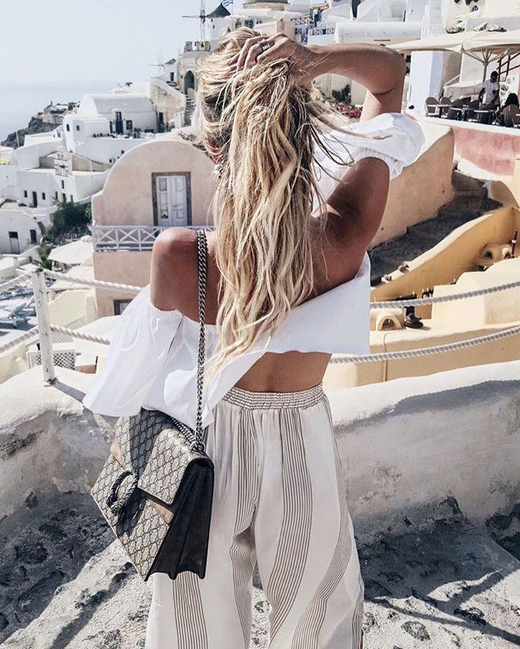 Let's go to the beach   Off-shoulder   Wide leg   Gucci bag   More on Fashionchick.nl