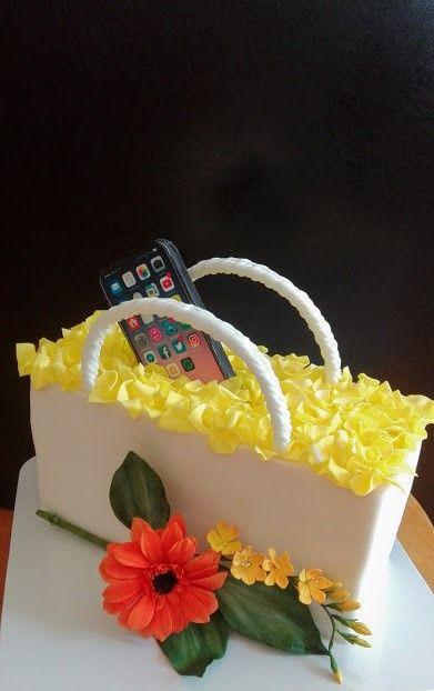 Tortička pre dámu s mobilom