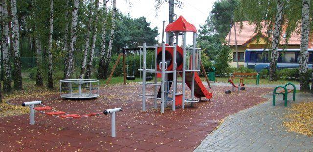 Plac Zabaw przy Społecznej Szkole STO - Legionowo
