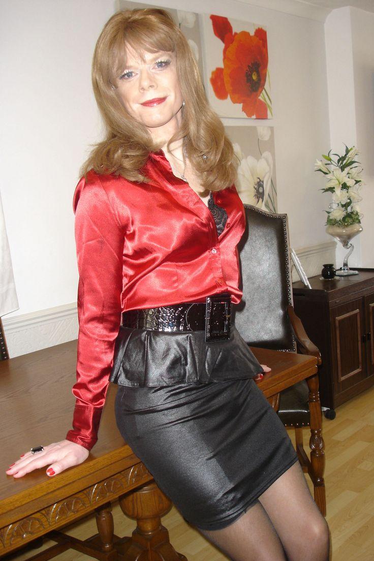 "old mature crossdresser porn hgillmore: "" Well Dressed Crossdressers and Transgendered Women """
