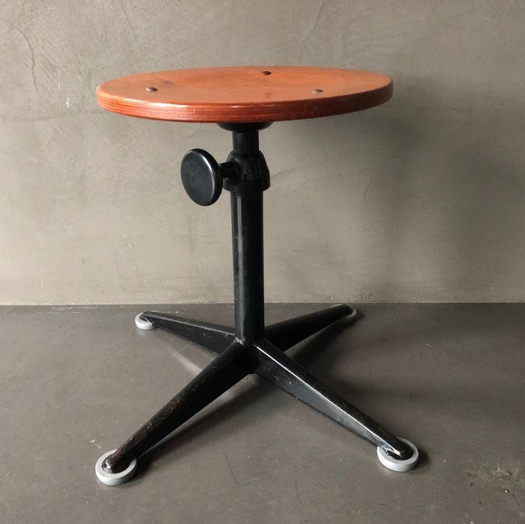 Architect stool by Friso Kramer for Ahrend de Cirkel, 1960s