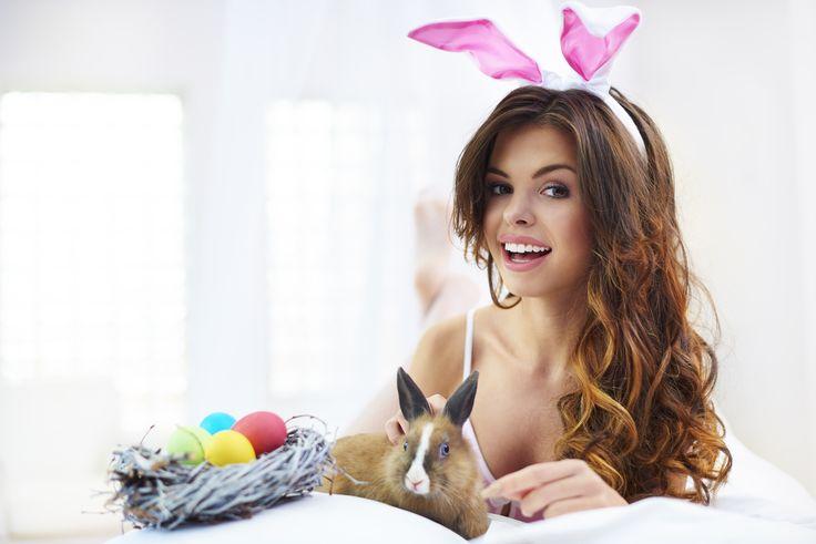 Passend zur Frühlingszeit steht Ostern für freudige Stimmung und gute Laune! Die Feiertage eignen sich ideal um geschätzte Zweisamkeit zu geniessen und nicht nur bei der Eiersuche für Überraschungen zu sorgen.. Wir wärs mit etwas...