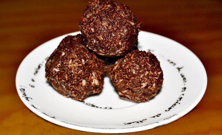 Bolinhos de Chocolate e Coco (Vegan) / Vegan Chocolate and Coconut Macaroons