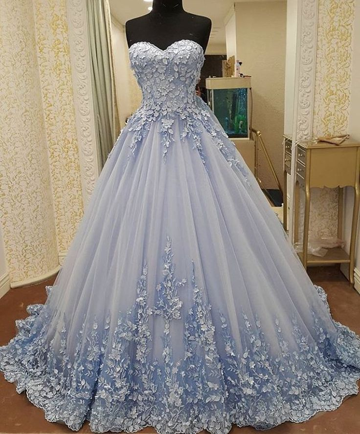 The 25+ best Sweet 16 dresses ideas on Pinterest | Prom ...