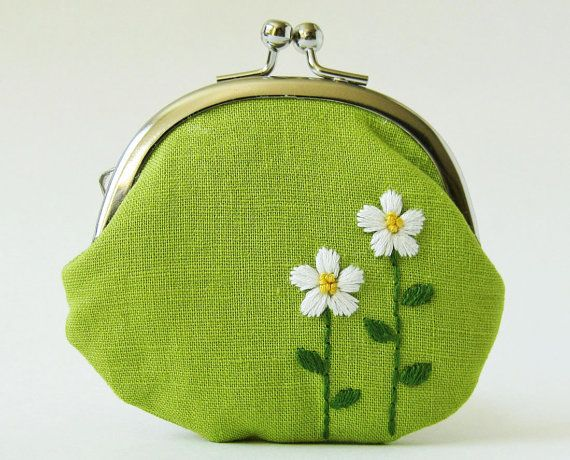 Handmade coin purse - white flowers on green