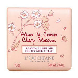 L'OCCITANE SOAP | Nuestro Jabón Flores de Cerezo limpia la piel con suavidad para el deleite de los sentidos. Enriquecido con extracto de cereza de Luberon...