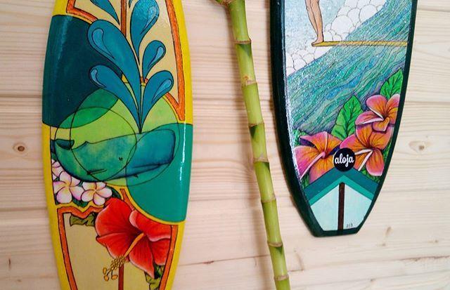 Dos de las piezas en stock que podréis adquirir este fin de semana en #exposurf Avilés !! #surfart #decoracion #decoracióndesurf #decoracionsurf #illustración #surfboard #art #surfart #regalos #personalizacion #custom #artesaniasurfera #asturias #rebajas #sales #longboard #long #surfshop #surfshopoviedo #tiendadesurf #oviedo #surfoviedo #surferoviedo #surfaviles #salinas #montereylocals #salinaslocals- posted by Aloja_store https://www.instagram.com/aloja_store - See more of Salinas, CA at…
