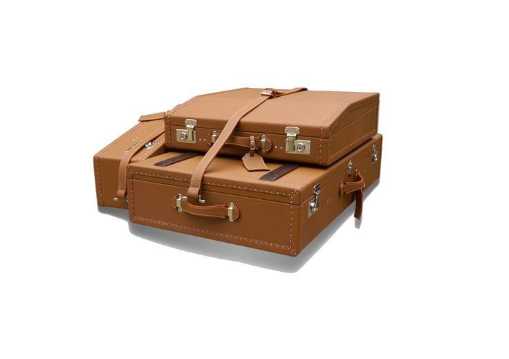 original karl baisch leather luggage for 190 sl mercedes. Black Bedroom Furniture Sets. Home Design Ideas