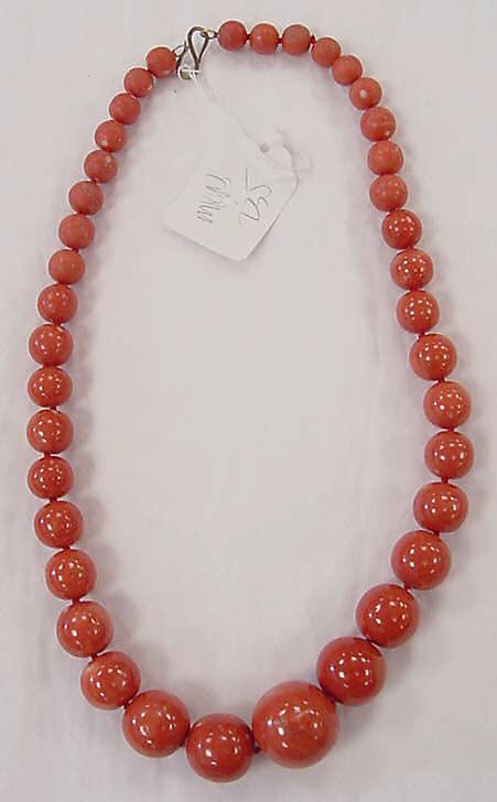 Italian Coral Necklace - Italy late ca. 20th C - 27 inches