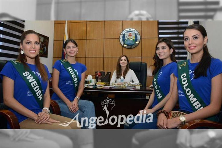 Contestants of Miss Earth 2016 pay a courtesy visit to Tacloban's Mayor