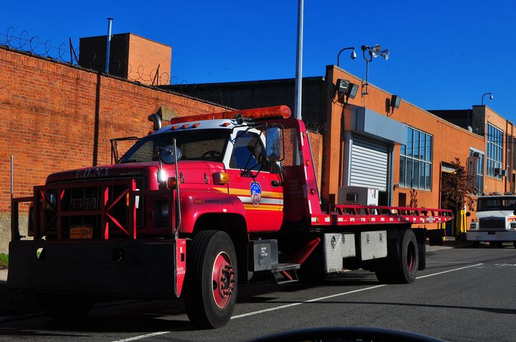 GMC Topkick FDNY Flatbed Tow Truck Flatbed towing