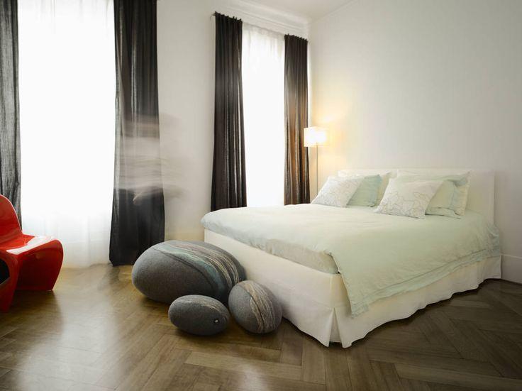 Kijk mee hoe jij je slaapkamer Feng Shui inrichten kan.