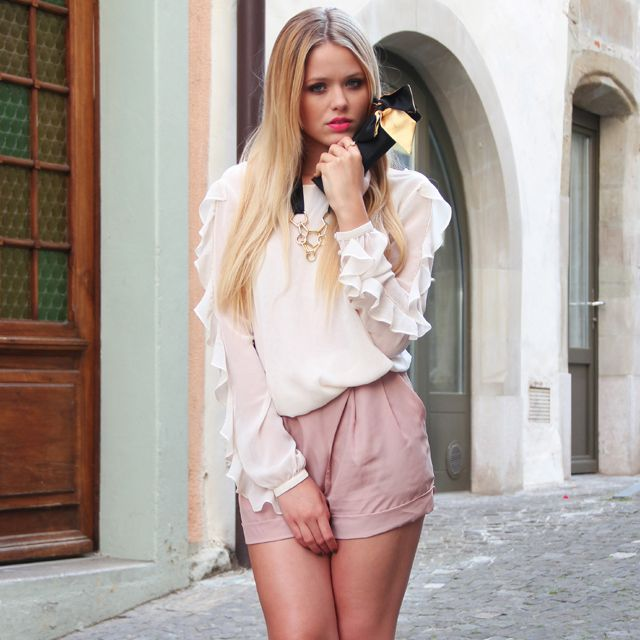 lips: Women Clothes, Gorgeous Blouse, Clothing High, Dream Closet, Fashion Styles, High Waisted Shorts, Spring Summer, Waist Shorts, Fashion Style Women