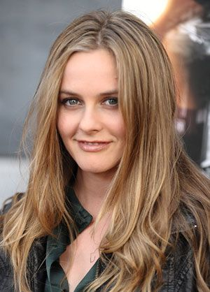 Green Queen: Alicia Silverstone's Top Natural Products: Daily Beauty Reporter : Alicia Silverstone famously changed her life years ago to be as green as possible, but now she's giving the same overhaul to her makeup bag. She's partnered with EcoTools to create a line of bags and brushes, launching in December,...