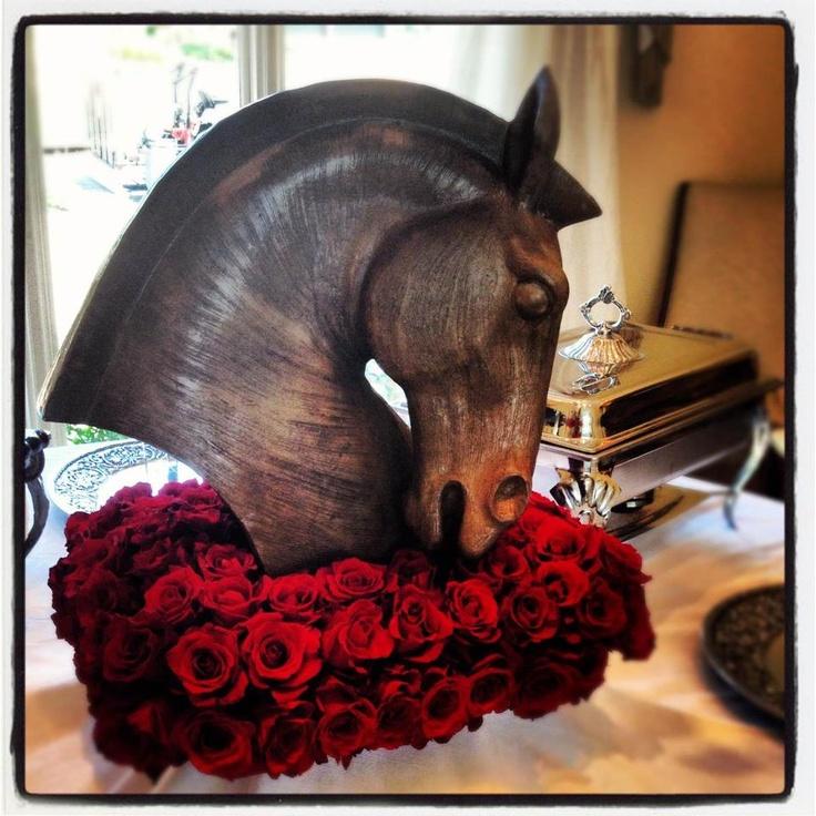 Kentucky derby centerpiece horse statue accessory http