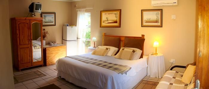 Pine Cottages in Glenashley, Durban, 2 x 6-sleeper self-catering cottages, wifi, DSTV, B&B option also available. | #Where2Stay