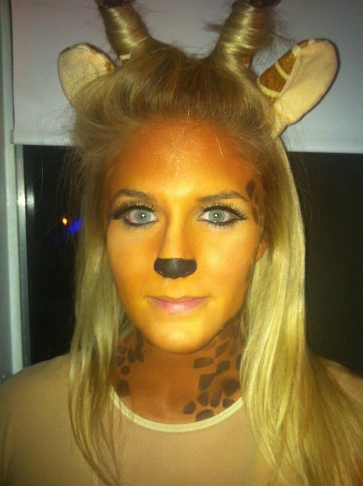 We have adorable giraffe accessories and the makeup to create this cute look!